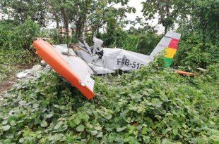 Bolivian Air Force Zlín 242L Trainer Aircraft Crashes Killing Instructor & Student Pilot