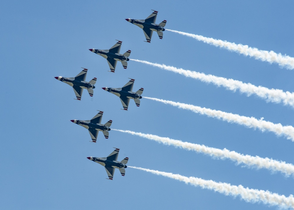 Air Force Thunderbirds Ends America Strong Flyovers