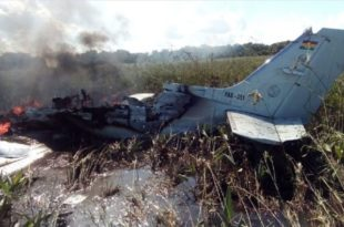 Bolivian Air Force Plane Crash Kills Six, Including Four Spanish Citizens