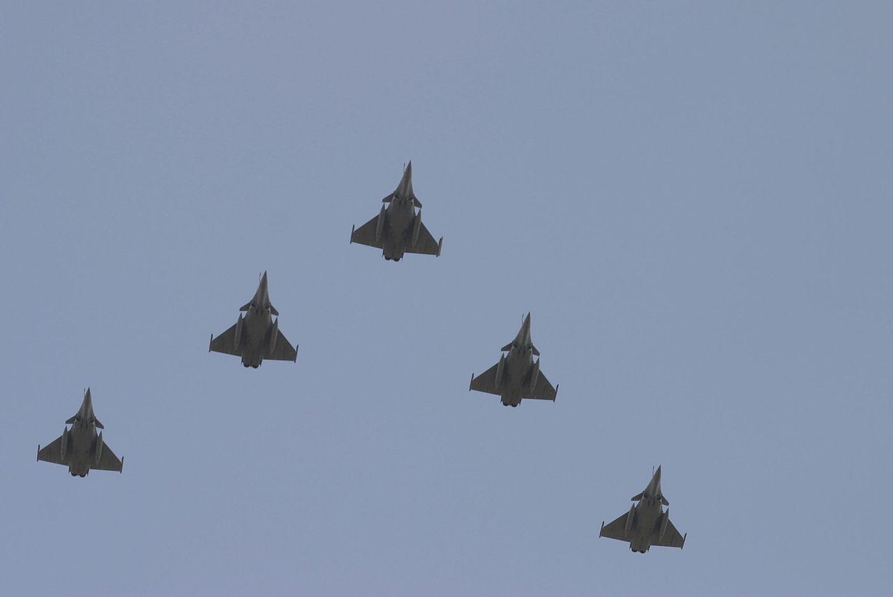 2,5 MILIJARDI DOLARA! Grčka kupila 18 francuskih borbenih aviona Rafale