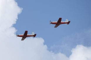 U.S. Navy T-6B Trainer Aircraft Crashes Into The House Killing Both Pilots