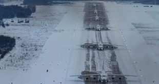 Russian Air Force Conducts The First-Ever Antonov An-124 Heavy Cargo Aircraft Elephant walk