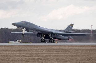 For The First Time Ever, B-1 Lancer Bomber Lands In Poland