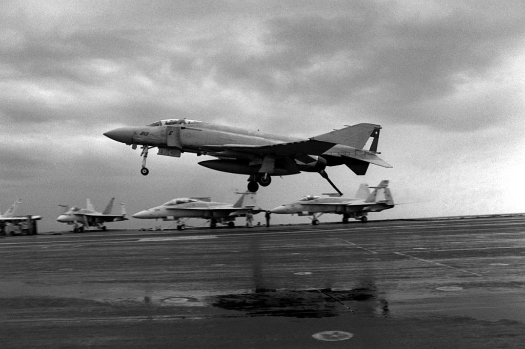 When F-4 Phantom II Outran a F/A-18 Hornet