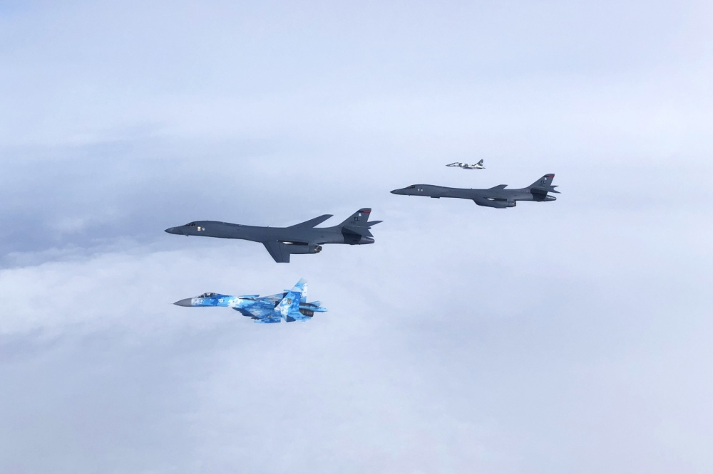 Upgrading Ukrainian Air Force With F-15 & F-16 Fighter Jets Could Deter Russia: Stephen Blank