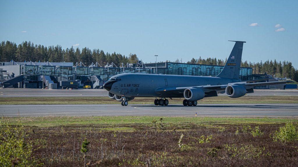 USAF KC-135 Stratotanker Aircraft Suffered Runway Excursion In Finland