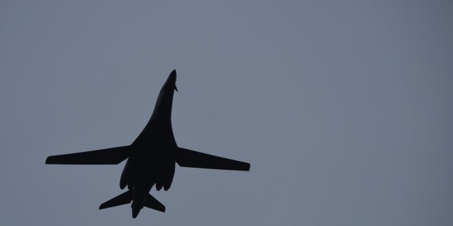 B-1B Lancer Take-off, Touch And Go, and Steep Banking Climb